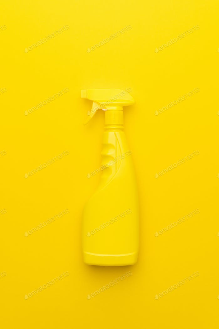 Yellow Cleaning Spray