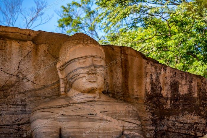 Standing image of Buddha in Gal Vihara