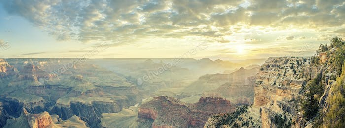 Grand Canyon et sunrise
