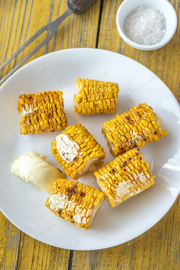 Grilled corn on the plate