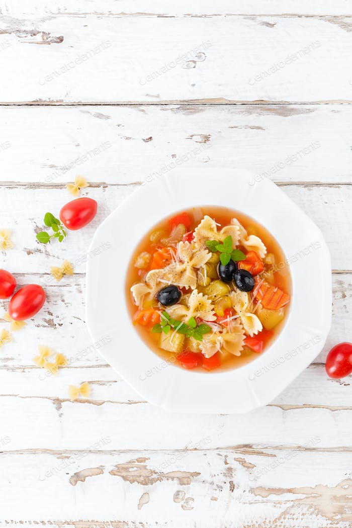 Minestrone, vegetarian vegetable soup