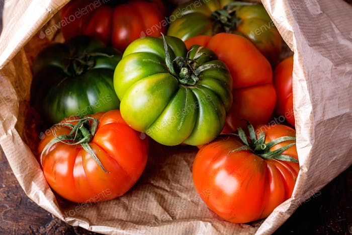 Selection of finest Italian organic tomatoes