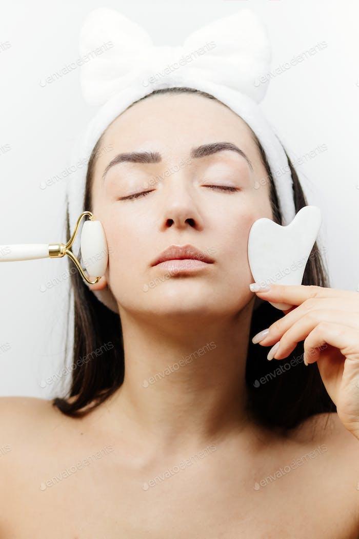 Jade Face Lifting and Gouache Scraper Massager