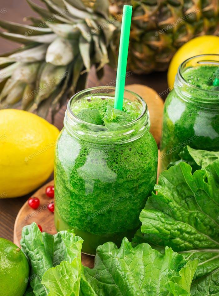 Organic green smoothie
