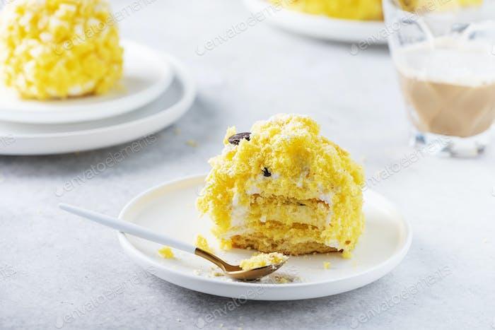 small cake mimosa