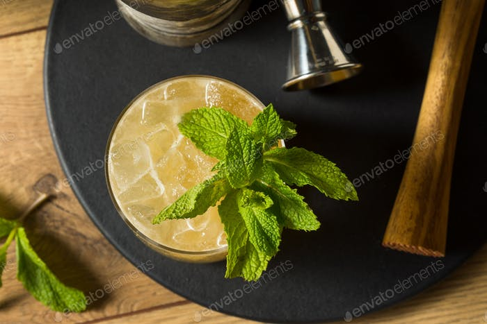 Boozy Refreshing Whiskey Smash