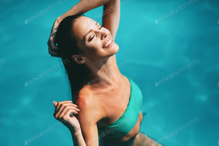 Beautiful brunette enjoying vacation