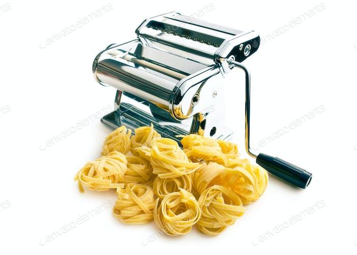 tagliatelle pasta machine