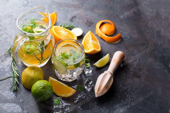 Citrus lemonade with mint
