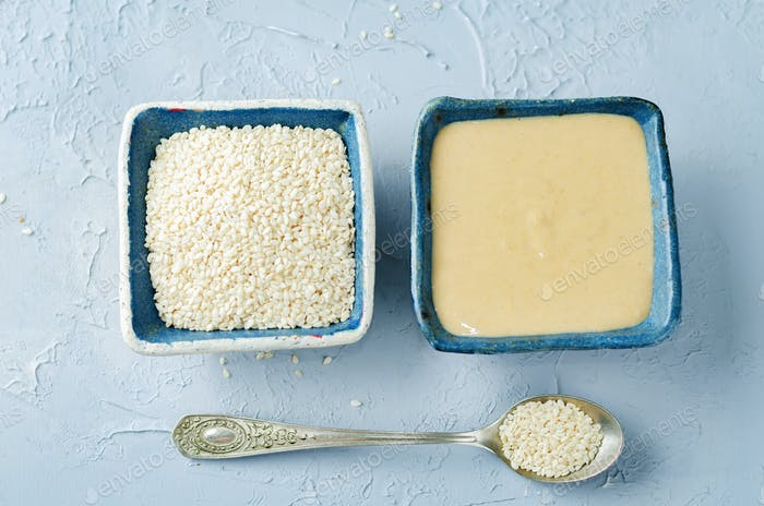 Tahini, sesame paste with sesame seeds