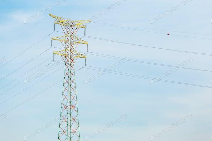 Kraftübertragung Turm