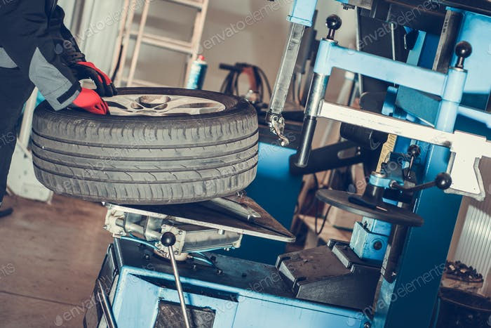 Car Wheels Maintenance