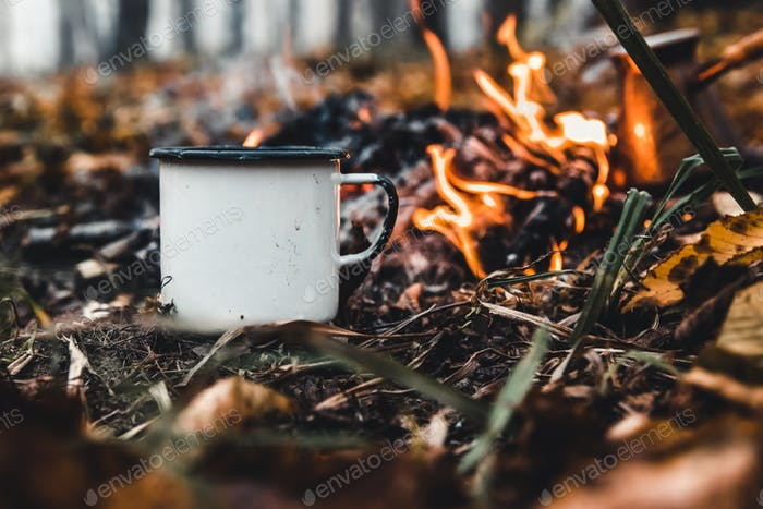 Making coffee at the stake. Make coffee or tea on the fire of nature. Burned fire. A place for fire