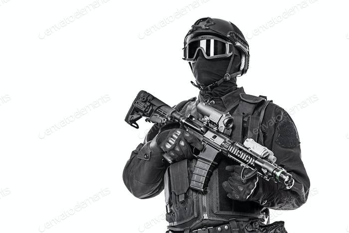 swat operator with rifle