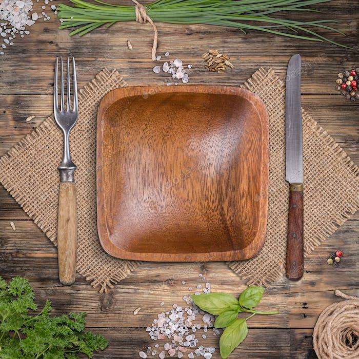 Empty wooden plate