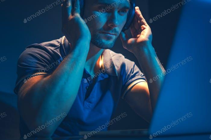 Musik-Master-Job