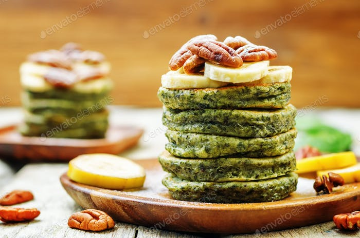 Spinach banana pancakes with pecans