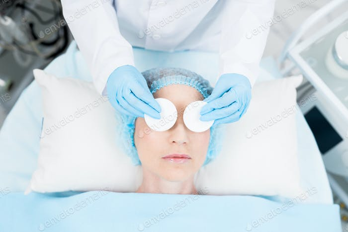 Eye beauty procedure