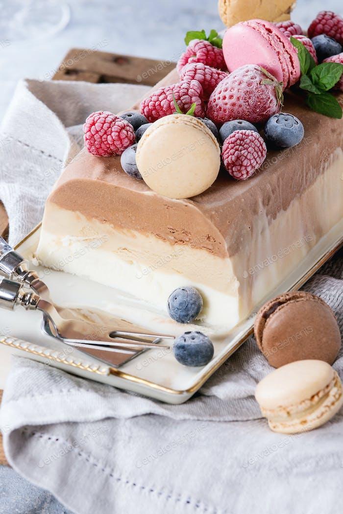 Three layers ice cream cake