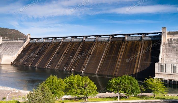 Grand Coulee Dam Lake Reservoir Long Panoramic Eastern Washington