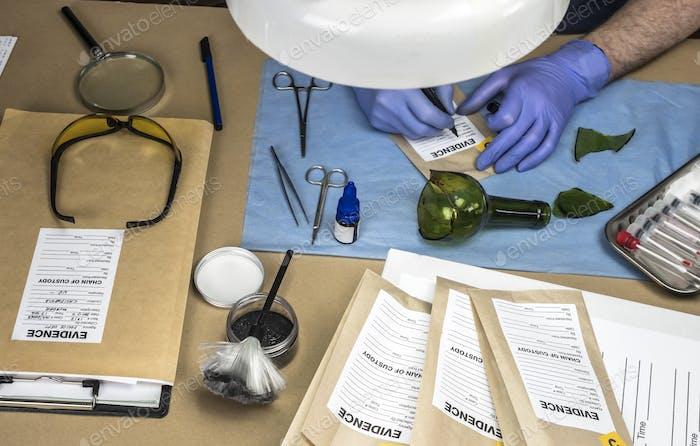Beweisbeutel, polizeiliche wissenschaftliches Labor, Konzeptbild