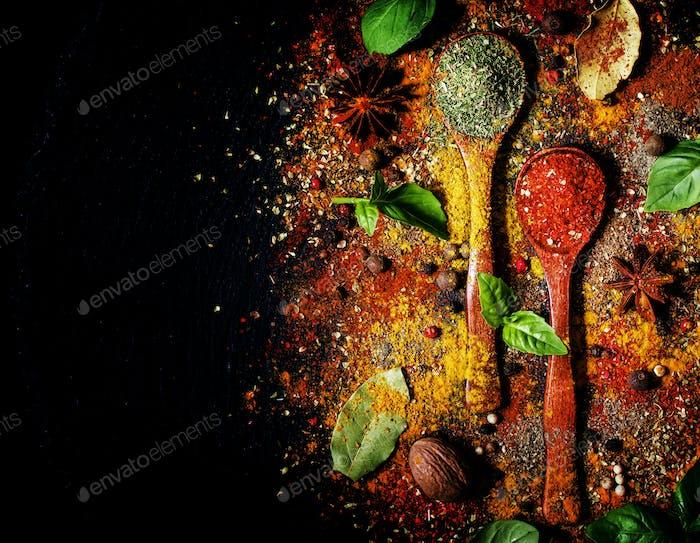Orientalische Gewürze, Food-Hintergrund, Draufsicht