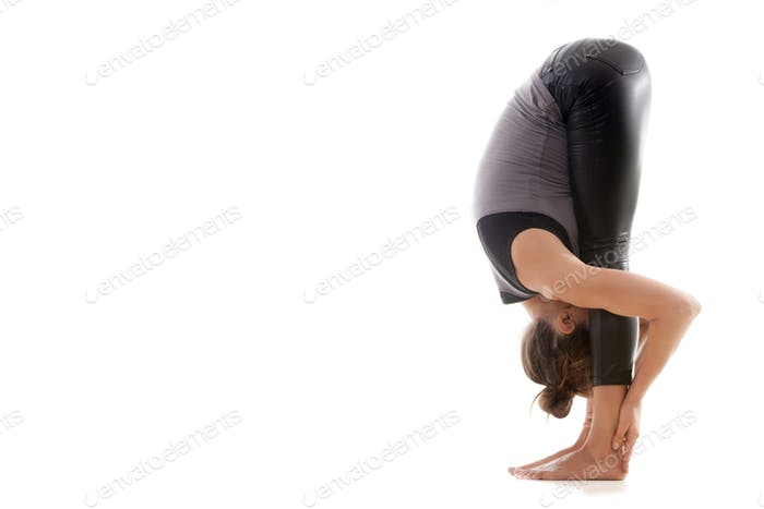 Yoga pose uttanasana