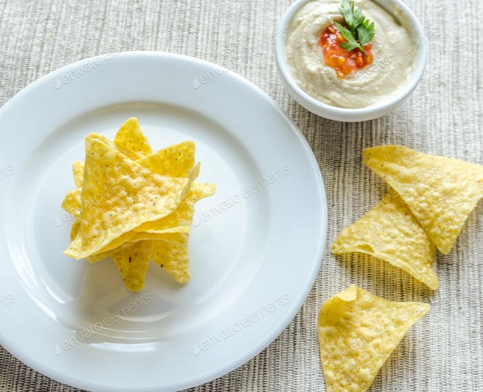 Corn chips with hummus