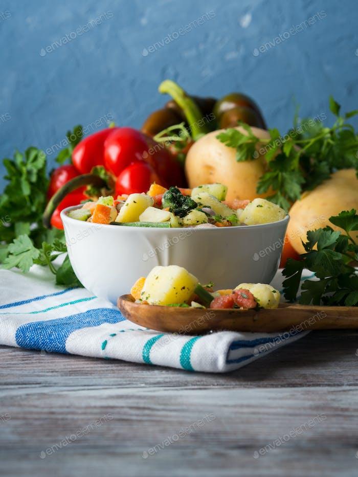 Замороженные овощи, приготовленные для быстрого приготовления пищи