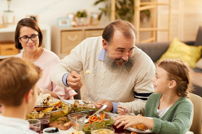 Granddaughter visiting her grandparents