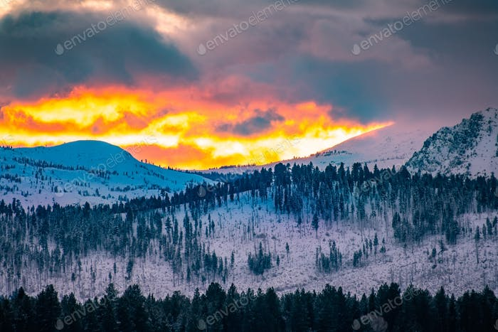 Dramatic sunset in the Sierra Mountains  on a winter day, California