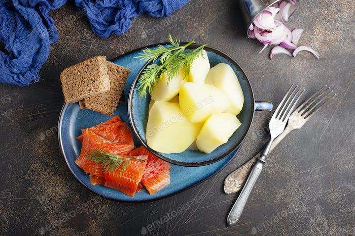 Kartoffel mit Fisch