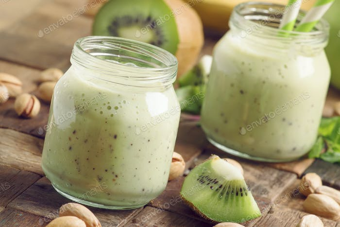 Smoothie with banana, kiwi and nuts
