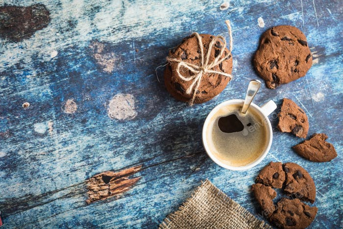 Coffee espresso with cookies