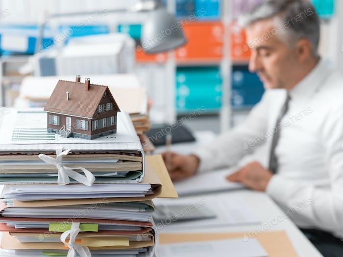 Immobilien, Hypothekendarlehen und Papierkram