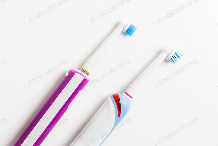 Elektrische wiederaufladbare Zahnbürsten