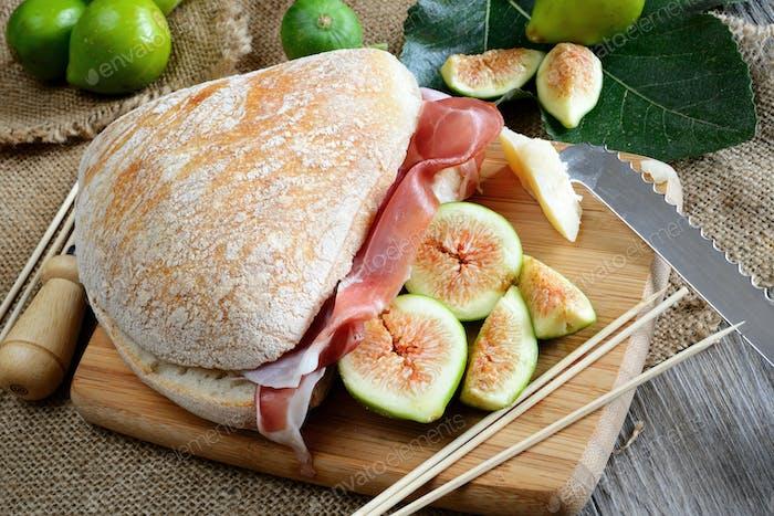 figs bread and ham