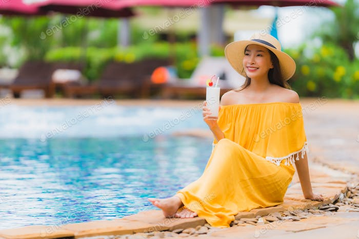 Portrait beautiful young asian woman leisure relax smile and hap