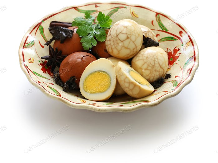 homemade tea eggs, Taiwanese food