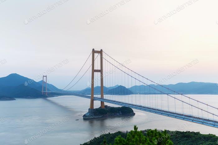 zhoushan xihoumen bridge at dusk