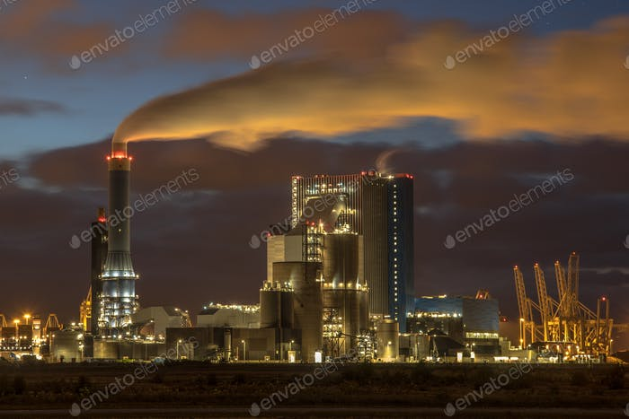 Coal powered electricity plant at night
