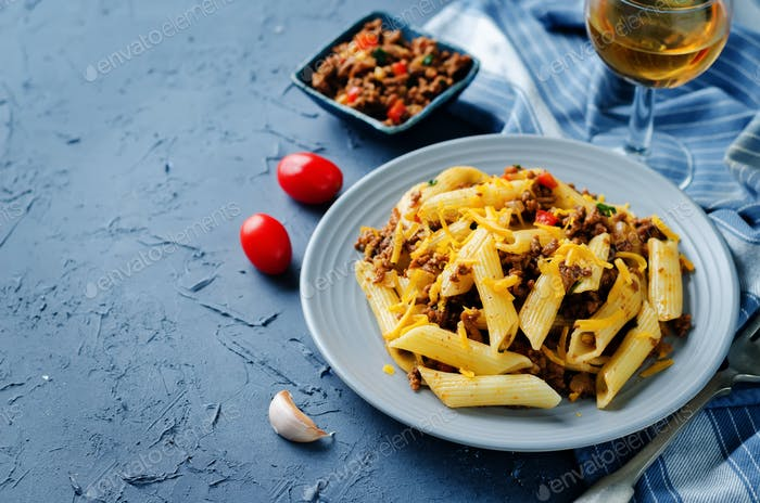 Minced beef pepper pasta