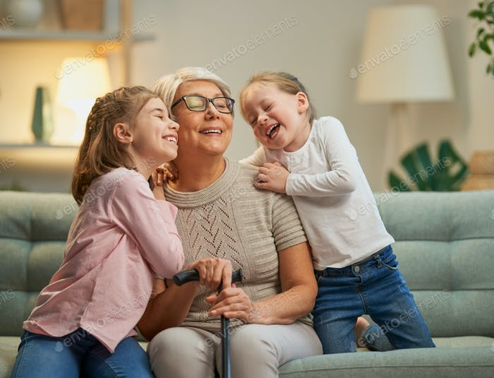 girls and her grandmother