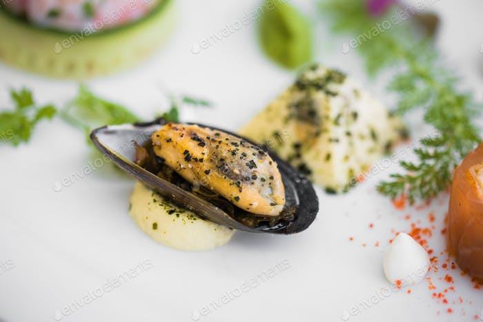 Mussel on seafood plate