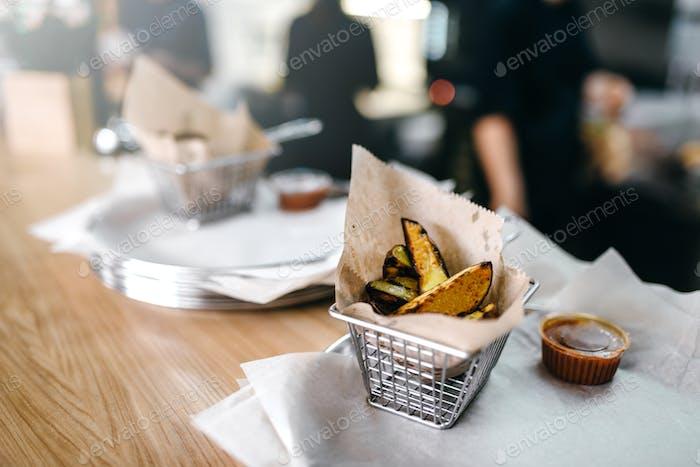 Frische gegrillte Kartoffel, amerikanisches Fastfood