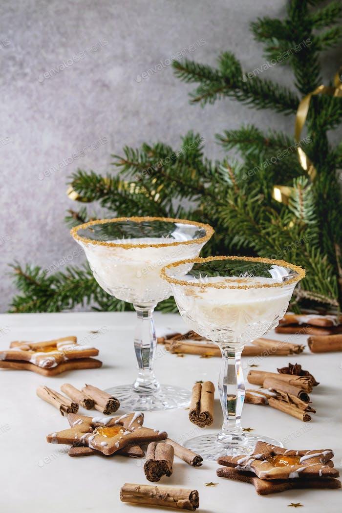 Weihnachts-Eierlikör Cocktail