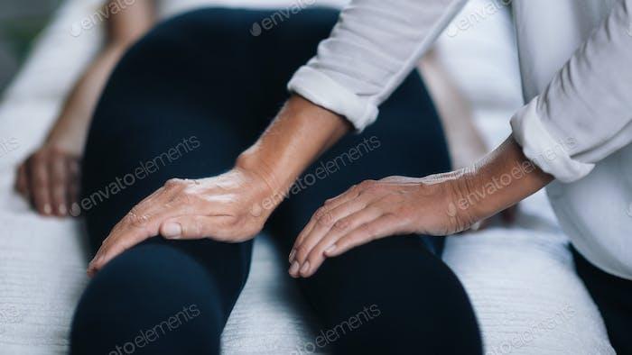 Reiki Knees Massage