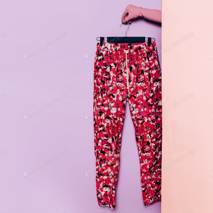 Stylish clothes. Summer trousers. Bright print. wardrobe ideas t