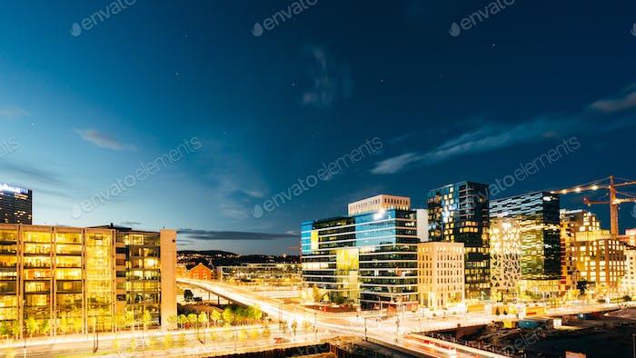Oslo Norwegen. Nacht Panoramablick auf Zeitgenössische Viertel von Hi