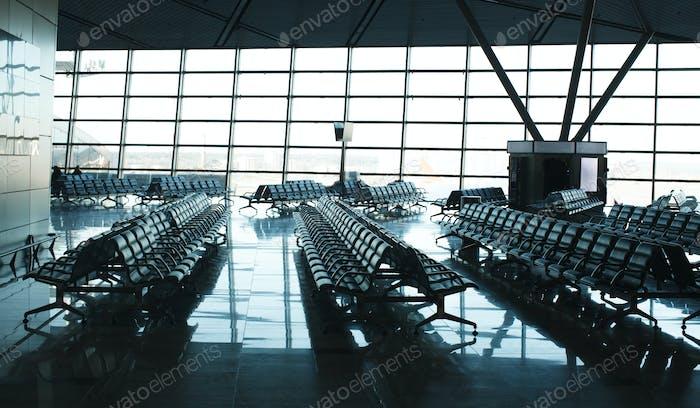 emty airport terminal, nobody, aftermath of coronavirus pandemic